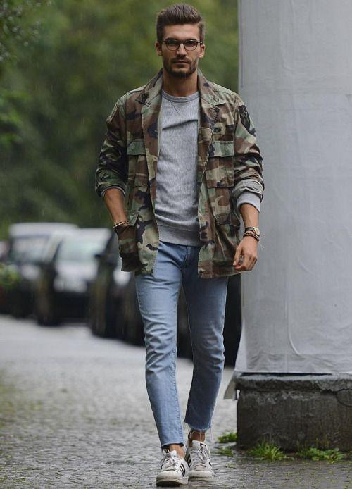 迷彩のシャツジャケット