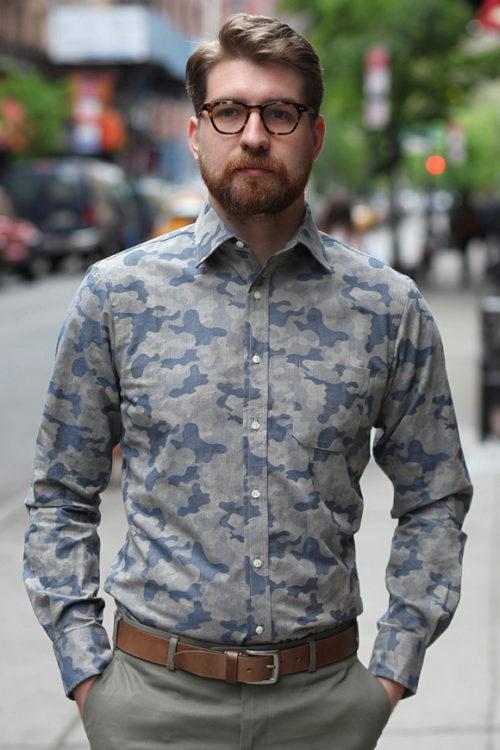 迷彩シャツはセミフォーマルにも最適