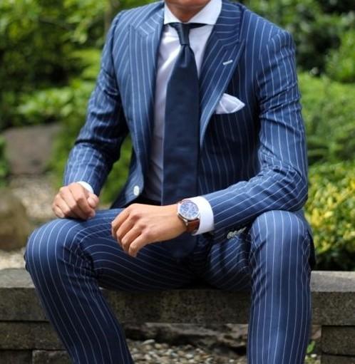 結婚式でしたいスーツの着こなし 紺 ネイビー ストライプ特集 服