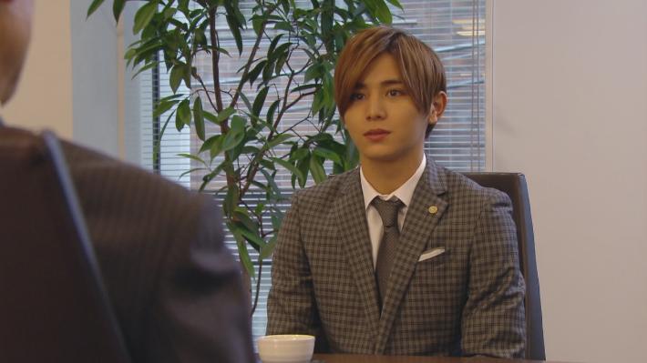カインとアベル 山田涼介 スーツ 時計 バッグ