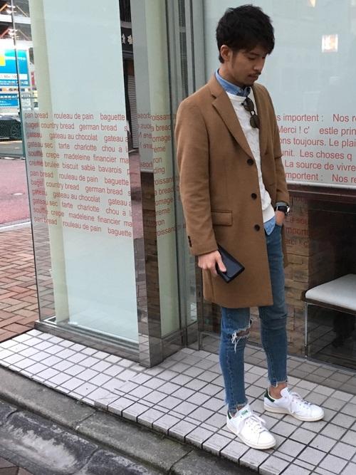 キャメルのチェスターコートを使ったファッション